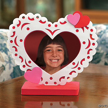 Heart Doily Photo Frame is a great kids Valentine craft ideas for kids