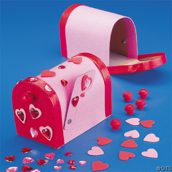 Valentine Craft Ideas on Cardboard Valentine Mailbox Valentine Craft Ideas For Kids
