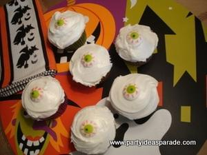 Eyeball Halloween Cupcake Ideas