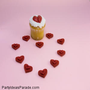How Do You Make Fondant?  Like this and then I cut it into fun shapes.