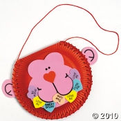 Make a Valentine Paper Plate Project with this Sweetheart of a Monkey.