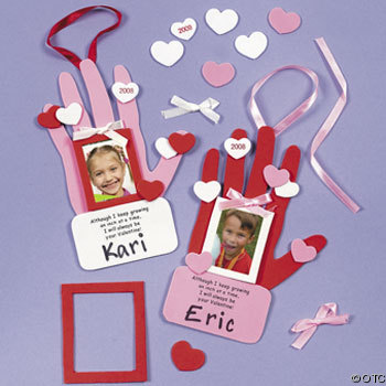 Kids Craft Ideas on Handprint Valentine Craft Kit For Kids 21253596 Jpg
