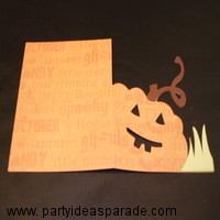 This might be a better picture of the pumpkin cut out