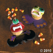Here are some cupcakes with Halloween Candy as decorations.  I got these at the Oriental Trading Company.