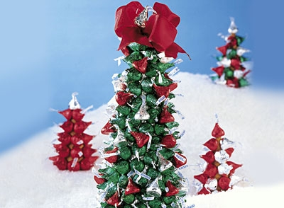 Here's a picture of what your Hershey's Kisses Craft tree should look like!