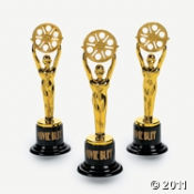 And The Winner Is... Here is the Best Oscar Party Game  Prize...Give everyone statues as game prizes or party favors.