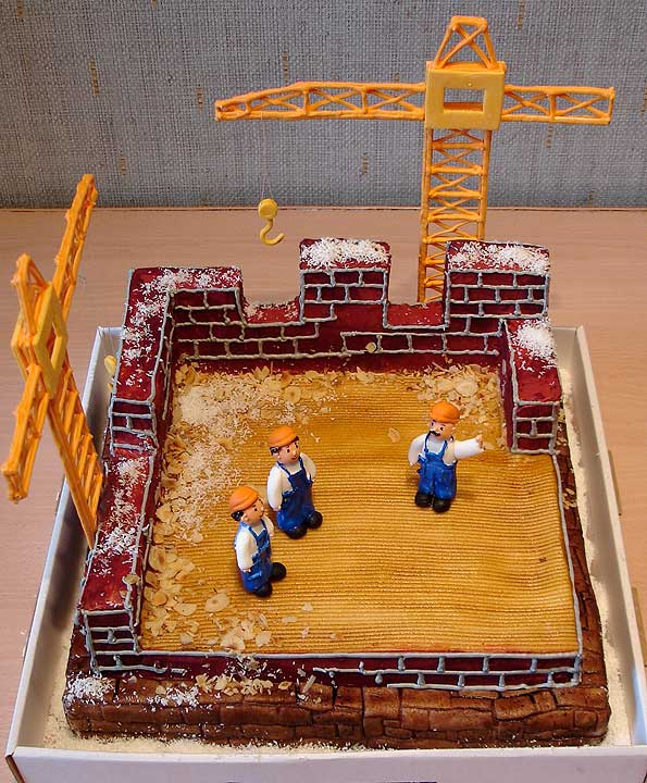 Look at this Amazing Construction Party Cake Idea.