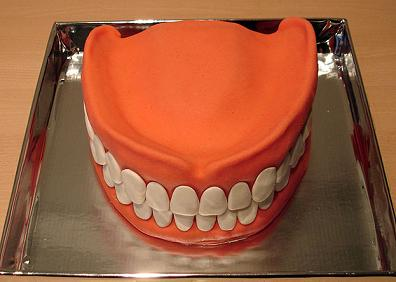 Teeth Cake now that is certainly an interesting cake design.  It must have taken hours.